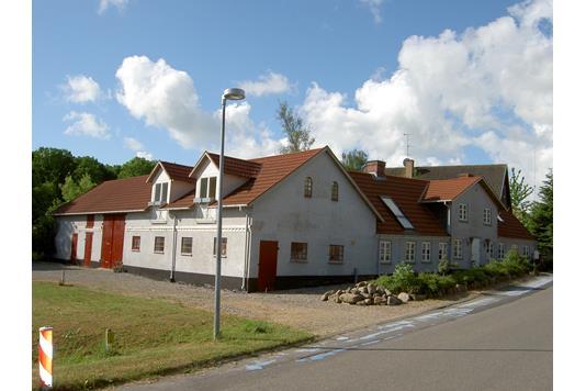 Villa på Gyden i Augustenborg - Ejendommen