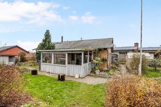 Villa på Skolemarken i Nordborg - Ejendommen