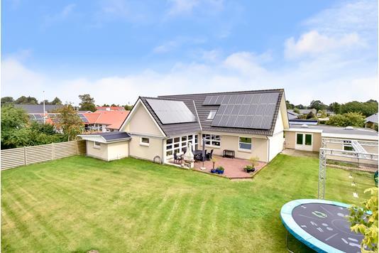 Villa på Fyrrevænget i Billund - Ejendommen