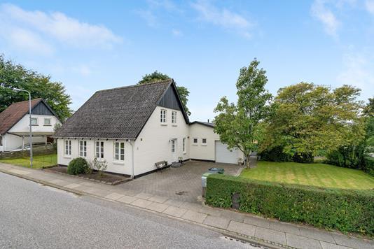 Villa på Søndergade i Vorbasse - Ejendommen