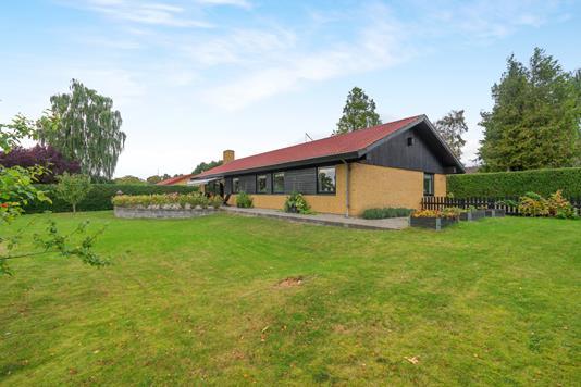 Villa på Ølunden i Munkebo - Ejendommen