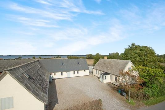 Villa på Nordre Skovgyde i Mesinge - Ejendommen