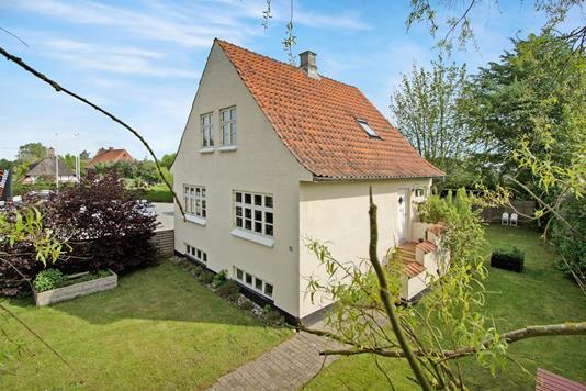 Villa på Revninge Bygade i Kerteminde - Ejendommen