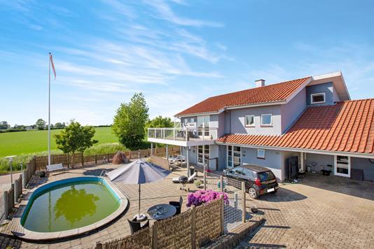 Villa på Strandgårds Alle i Kerteminde - Ejendommen