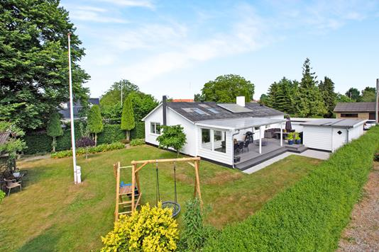 Villa på Idrætsvej i Kerteminde - Ejendommen