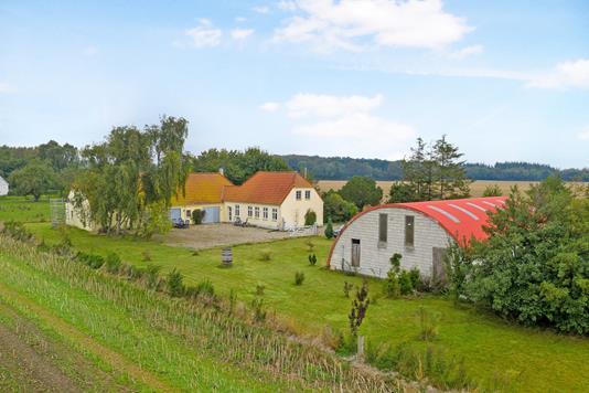 Villa på Kertemindevej i Ullerslev - Ejendom 1