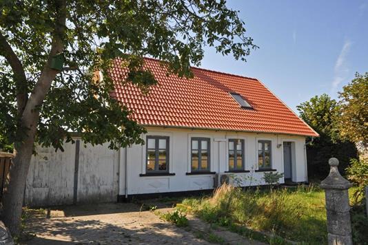 Villa på Egholmvej i Horslunde - Ejendommen