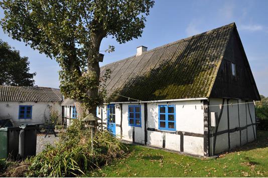 Villa på Grundtvigsvej i Nakskov - Ejendommen