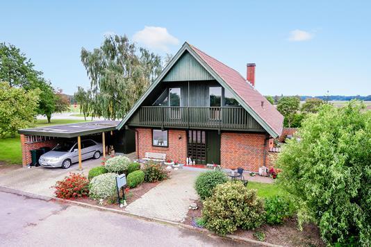 Villa på Rudbjergvej i Dannemare - Ejendommen