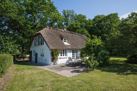 Villa på Strandpromenaden i Horslunde - Ejendommen