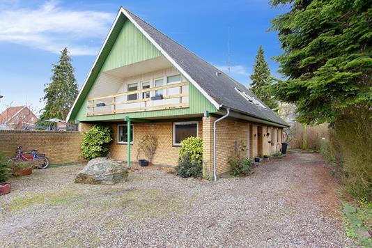 Villa på Nylandsvej i Horslunde - Set fra vejen