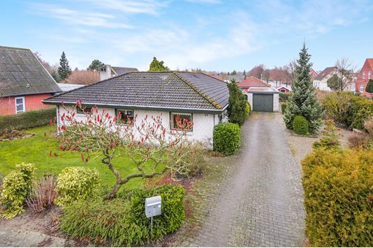 Villa på Rosnæsvej i Nakskov - Ejendommen