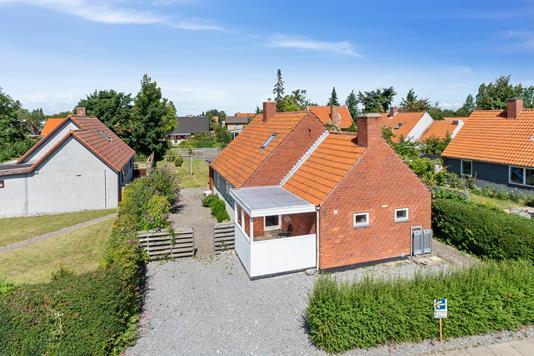 Villa på Krukholmvej i Nakskov - Set fra vejen
