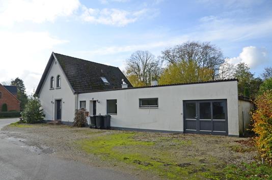 Villa på Bymøllevej i Nakskov - Ejendommen