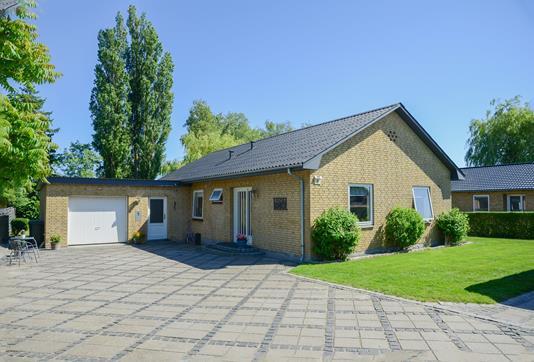 Villa på Møllevænget i Horslunde - Ejendommen