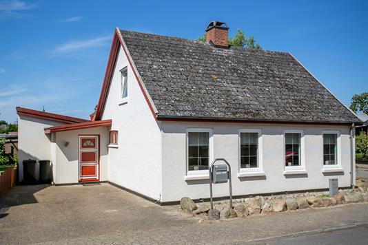 Villa på Hardenbergvej i Nakskov - Set fra vejen