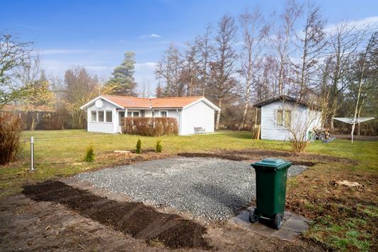 Fritidsbolig på Stubbegårdsparken i Nakskov - Set fra haven