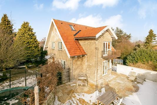Villa på Lyngbyvej i Gentofte - Ejendommen