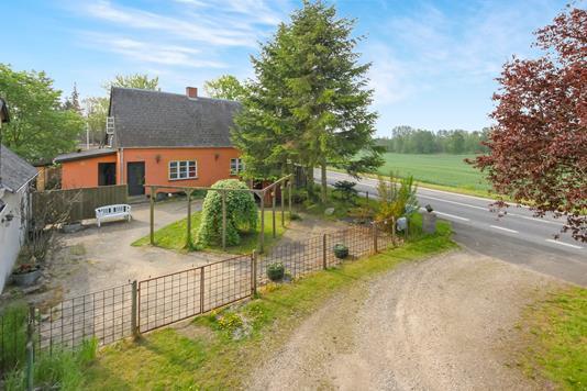 Villa på Skullerupvej i Glumsø - Ejendommen