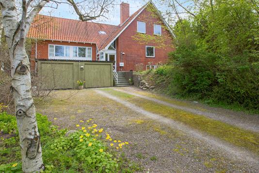 Villa på Skelbyvej i Herlufmagle - Ejendommen