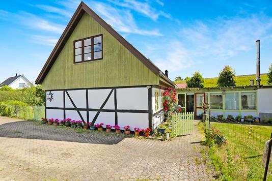 Villa på Ny Holstedvej i Næstved - Ejendommen