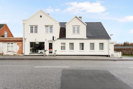 Villa på Præstøvej i Næstved - Ejendommen