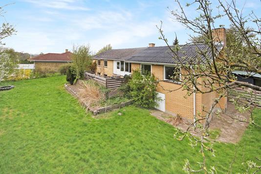 Villa på Solbakkevej i Holmegaard - Ejendom 1