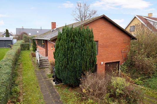 Villa på Horsebjergvej i Næstved - Ejendommen