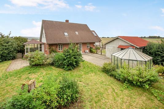 Villa på Gunderslevlillevej i Fuglebjerg - Ejendommen