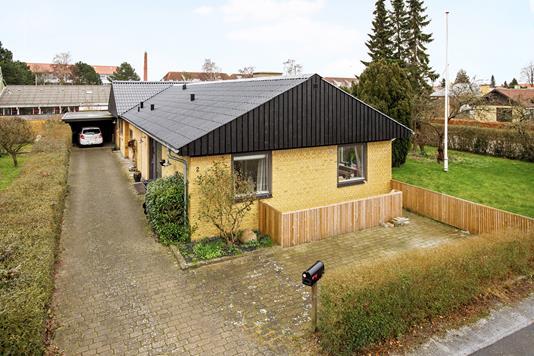 Villa på Gravlundsvænge i Næstved - Ejendom 1