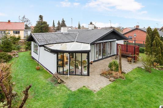 Villa på Hasselvænget i Næstved - Ejendom 1