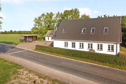 Landejendom på Klintemarksvej i Herlufmagle - Ejendommen