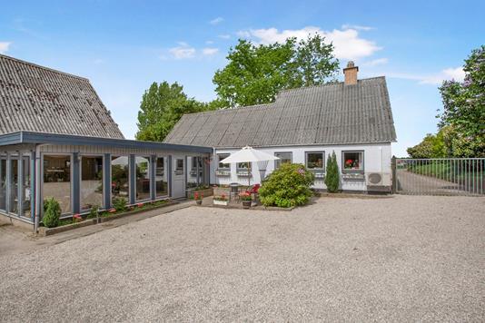 Villa på Loddervej i Holmegaard - Ejendom 1