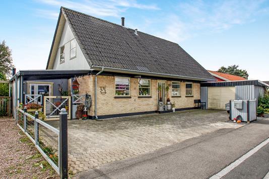 Villa på Bøgevej i Holmegaard - Ejendommen