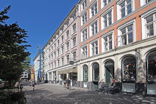 Ejerlejlighed på Nikolaj Plads i København K - Ejendommen