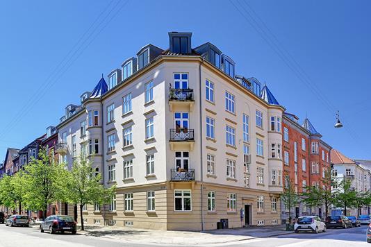 Ejerlejlighed på Langøgade i København Ø - Ejendommen