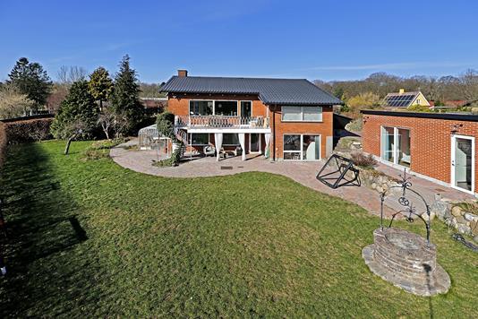 Villa på Damsagervej i Værløse - Ejendommen