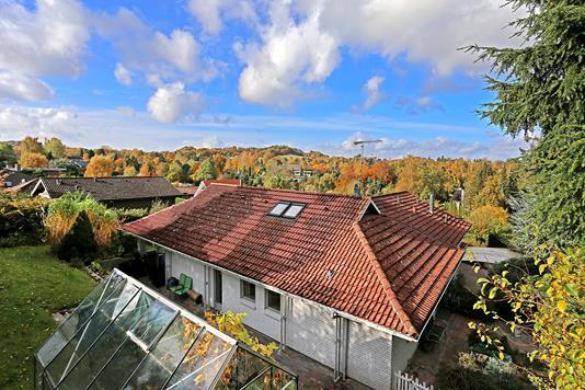 Villa på Kildeåsen i Holte - Ejendommen