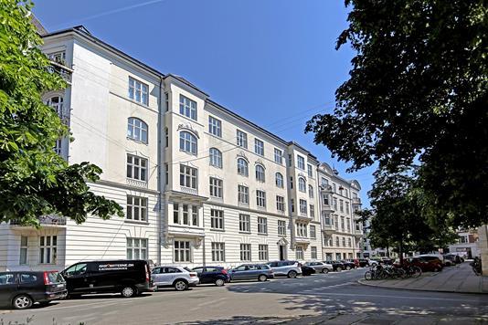 Ejerlejlighed på Ribegade i København Ø - Ejendommen