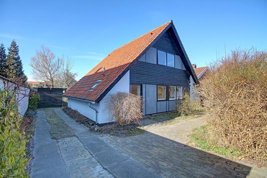 Villa på Melstedvej i Kastrup - Ejendommen