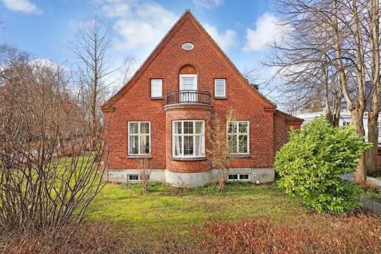 Villa på Svanemøllevej i København Ø - Ejendommen