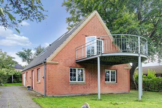 Villa på Engdraget i Valby - Ejendommen
