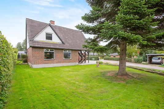 Villa på Lindved Møllevej i Odense S - Ejendommen