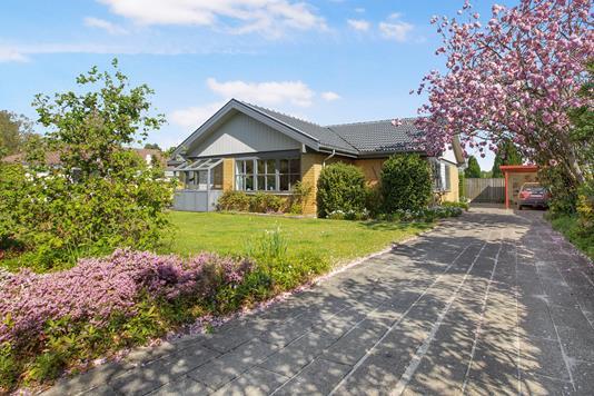 Villa på Julagervænget i Odense S - Ejendommen