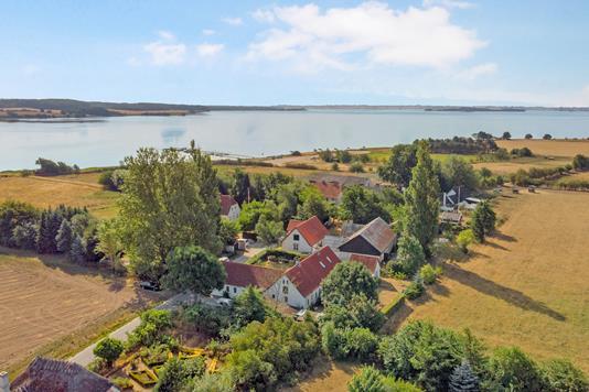 Villa på Nabben i Haarby - Luftfoto
