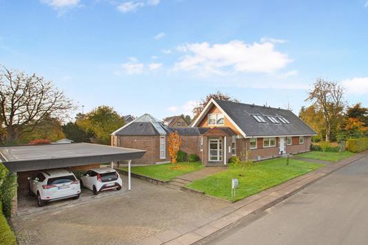 Villa på Dragebakken i Odense SV - Ejendom 1