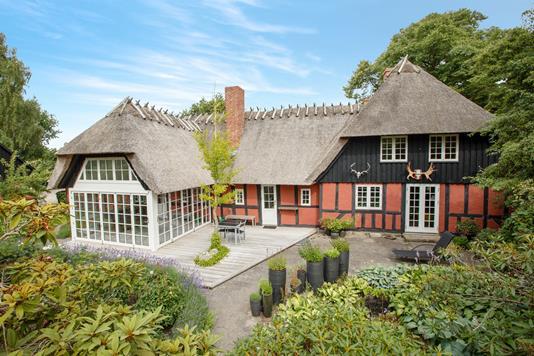 Villa på Alleen i Haarby - Ejendommen