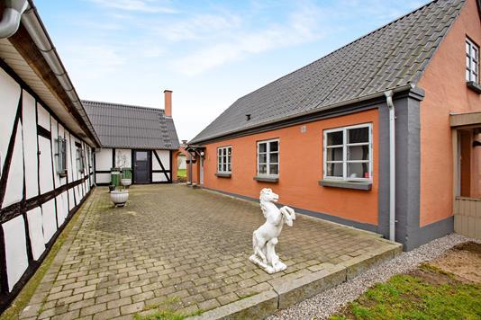 Landejendom på Birkum Mosevej i Odense SØ - Ejendom 1