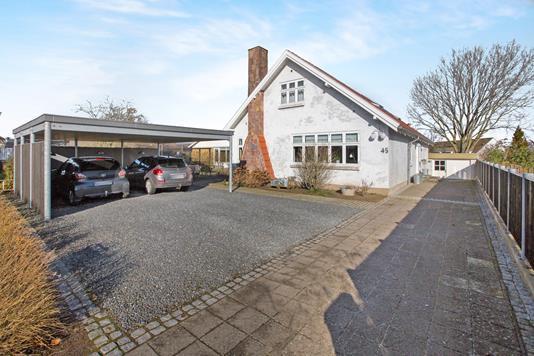 Villa på Prins Haralds Allé i Odense SV - Ejendommen