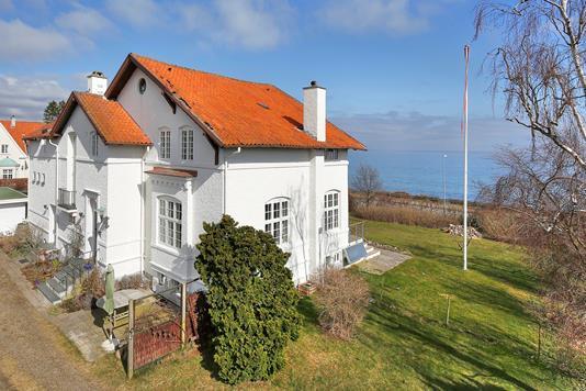Villa på Rungsted Strandvej i Rungsted Kyst - Ejendommen